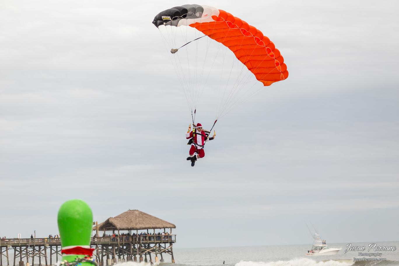 Skydiving Santas 2018
